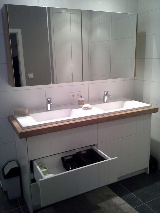 Badkamers, eigentijds of misschien een beetje romantisch...